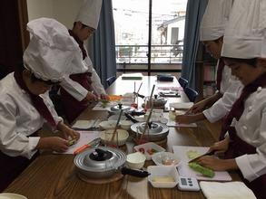 8月29日に松戸市新松戸で子ども料理教室《まじかるれっすん》佐藤教室を開催しました♪今回集まったのは全員男の子、男子だってお料理大好きなんです(^^)/